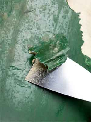 How to remove old paint from wood