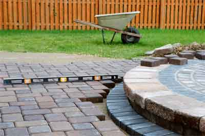 Guide to Remove Polymeric Sand from Pavers