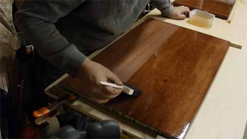How to Get Smooth Oil Based Polyurethane Finish