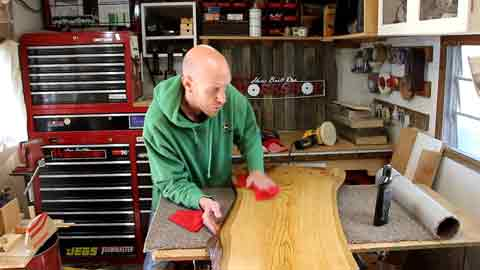 Guides on How to Get a Glass like Finish on Wood
