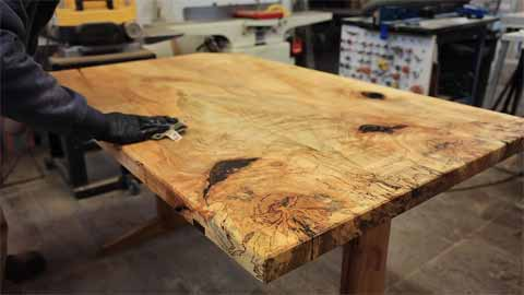 The Benefits of Furniture Made From Spalted Wood